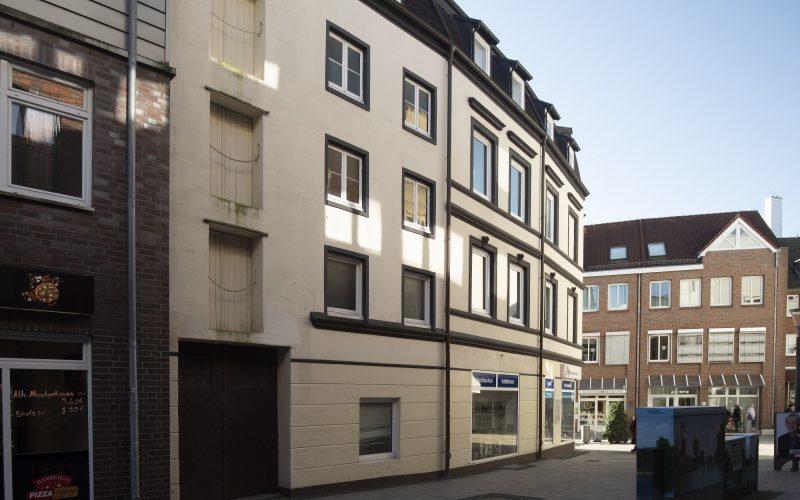 Alte Holstenstraße 11